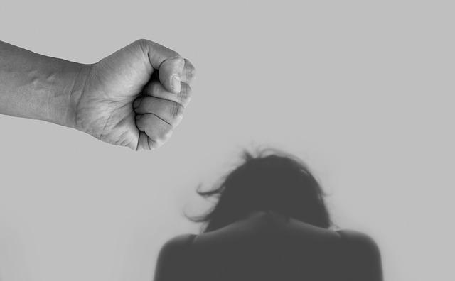 """Violencia. Secretario de la ONU pide un """"alto a la violencia en el mundo""""... ¡violencia doméstica!"""