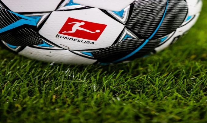 Balón. El FCB lanza cubrebocas para la nueva normalidad