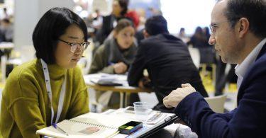 American Express pide a las grandes compañías ayudar a las pequeñas a recobrarse