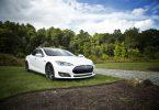 La nueva batería de Tesla igualará precio de los eléctricos con los autos a gasolina