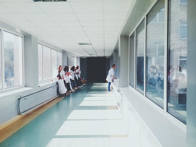hospital. Nike dona 30 mil pares de calzado Nike Air Zoom Pulse
