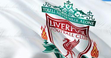 bandera. El FC Liverpool confirma alianza para promover alimentos sustentables