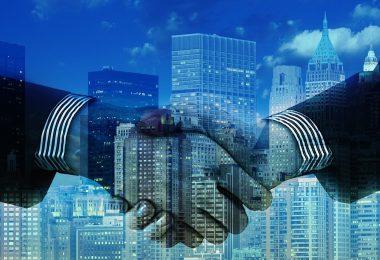 manos. ¿Pueden de verdad existir líderes verdes en medio de un sistema capitalista?
