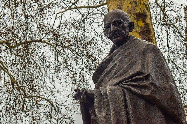 Ghandi. ¿Pueden de verdad existir líderes verdes en medio de un sistema capitalista?