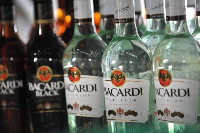 ¿Cómo Bacardi está reimpulsando los bares en Europa?, ¿qué se podría aprender?