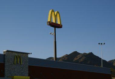 El 1er McDonald's cero emisiones del mundo, abre en Disney World