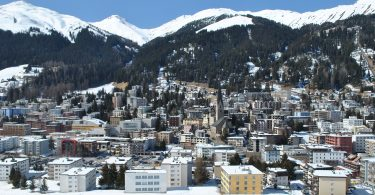 Se pospone la cumbre de Davos del Foro Económico internacional por la pandemia