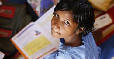 Niña. La pandemia puede borrar décadas de progreso educativo: Guterres