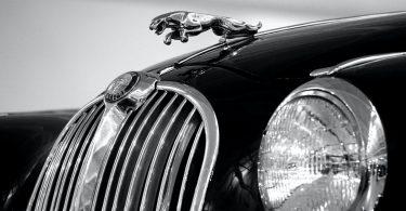 Carro. ¿Te imaginas un Jaguar con aluminio reciclado?