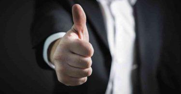Mano. ¿Por qué ser bueno es bueno para los negocios? Las B-Corps responden