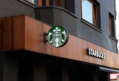 Starbucks. La muerte de los popotes en Starbucks