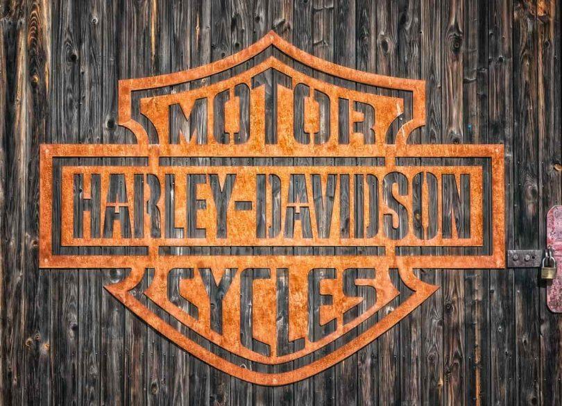 Logo. Harley-Davidson se sube en bici eléctrica a la sustentabilidad.