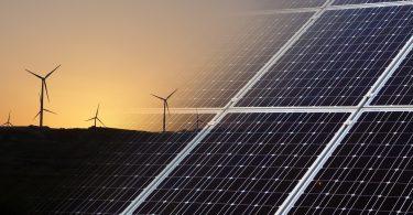 La capacidad eólica y solar superará tanto al gas como al carbón a nivel mundial para 2024