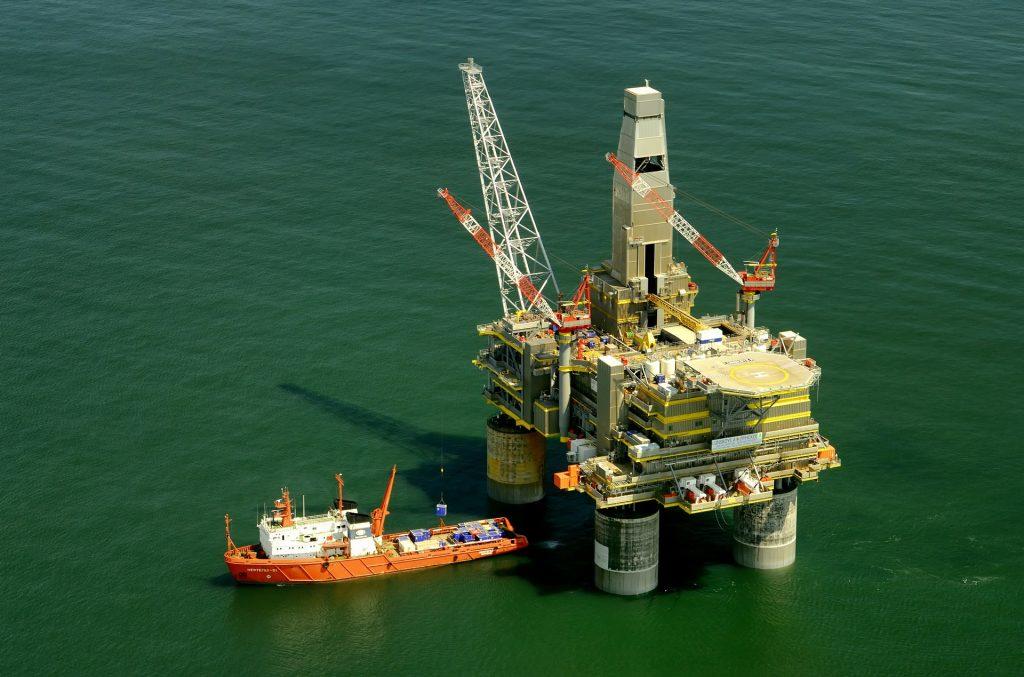 La demanda mundial de combustibles fósiles podría llegar a su punto máximo en 2027.