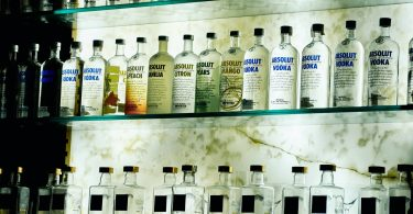 Botellas. Absolut alcanza meta de materiales reciclados cuatro años antes