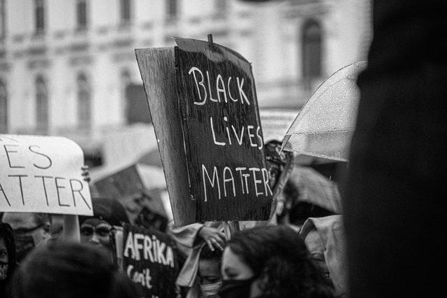 Cartel. Ejemplo de Brand Activism: Vans apuesta por los artistas negros