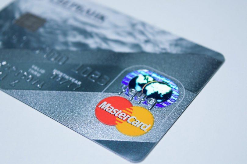 Mastercard emite bono de sustentabilidad de 600 millones