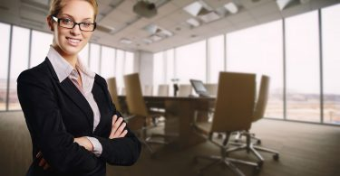 ¿Por qué renuncian las mujeres? Al menos 3 de cada 5 por esto…qué hacer para retenerlas