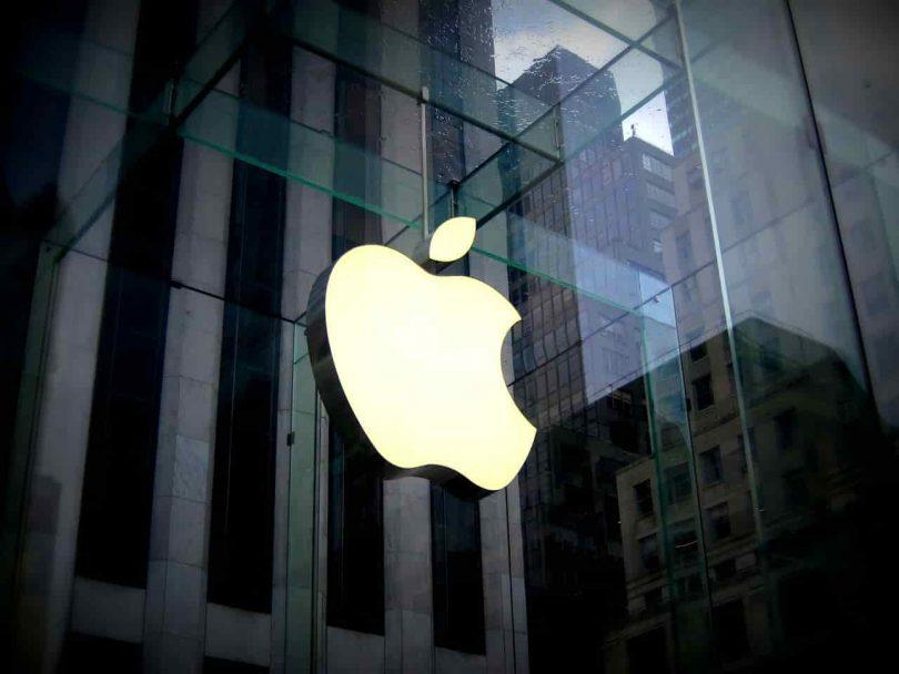 Más de 100 proveedores de Apple apuestan por renovables