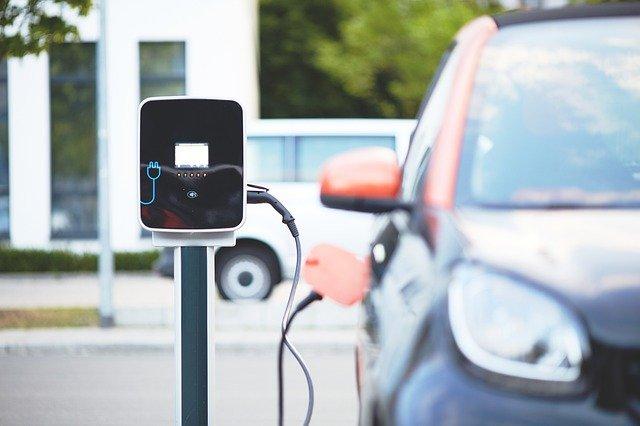 prohibir autos de gasolina