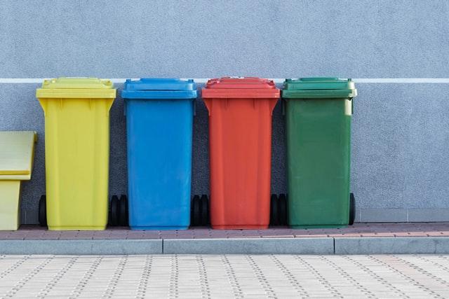 Botes de basura. El valor de los residuos: ¿su problema es la imagen?