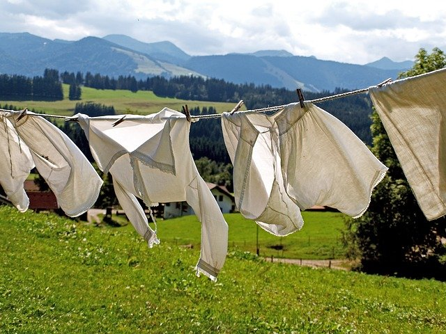 Alquilar ropa o desecharla