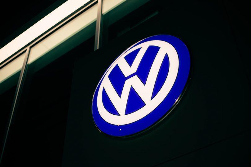 Volkswagen Group continúa cambiando a la logística de bajas emisiones con buques de GNL